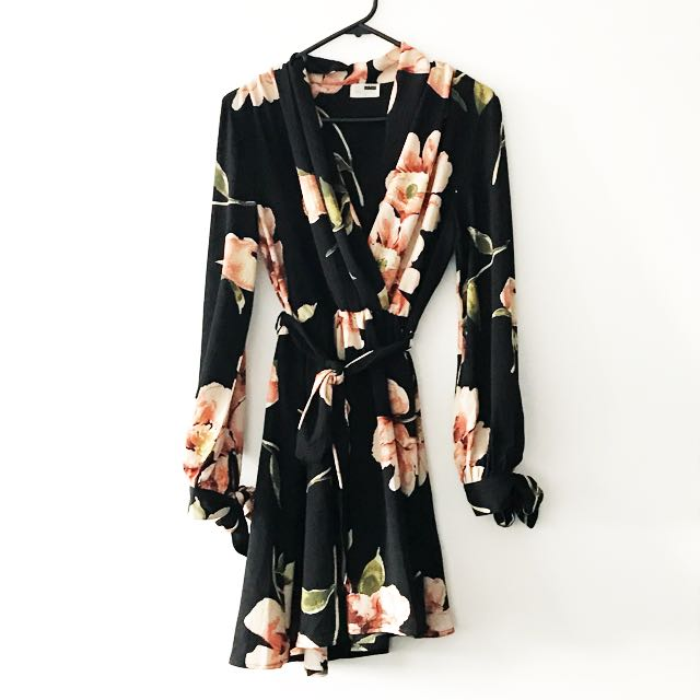 Long sleeve black floral dress size 8