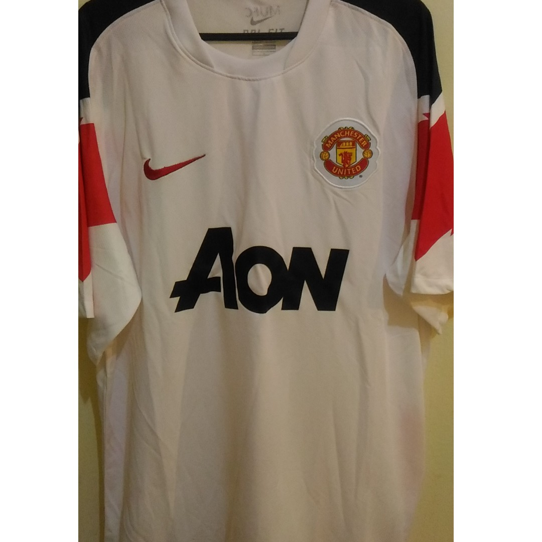 huge selection of 76f73 4b968 Manchester United Away Kit 2010/11 L Size