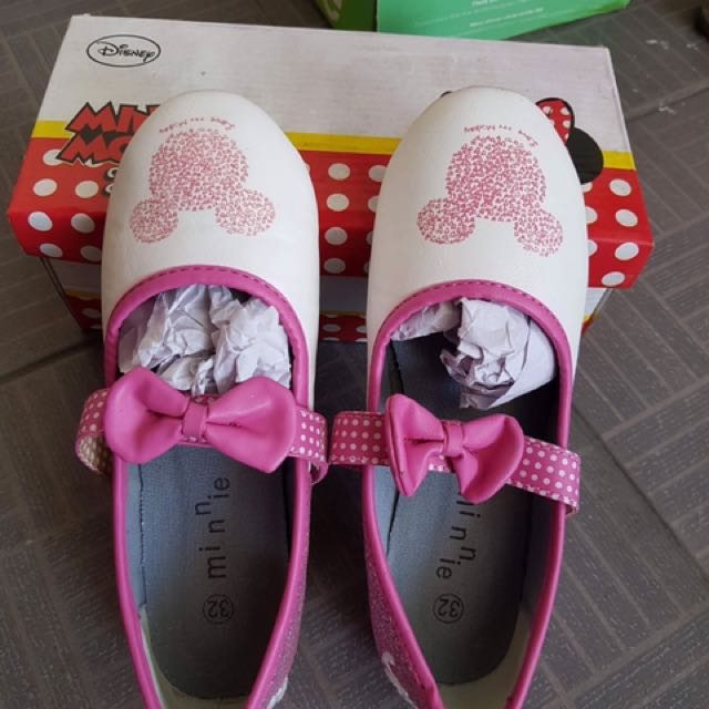 Minnie Mouse shoes
