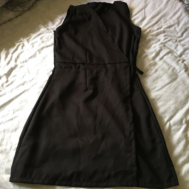 New black wrap dress, v-neck, sleeveless