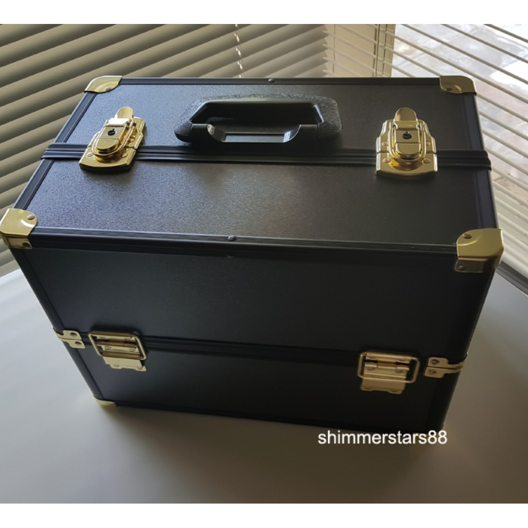 New! Large Make Up Cosmetic Portable Carry Case RRP$99.00