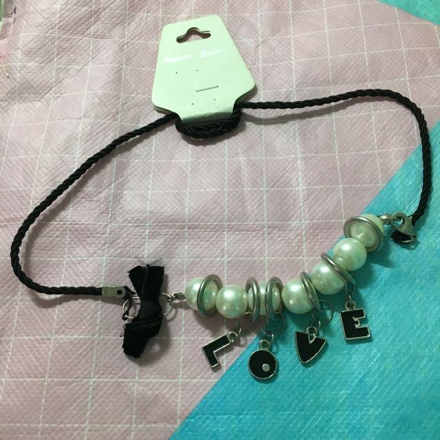 NEW necklace l.o.v.e