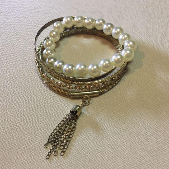 NEW! Tassel and Pearl Bracelet Set
