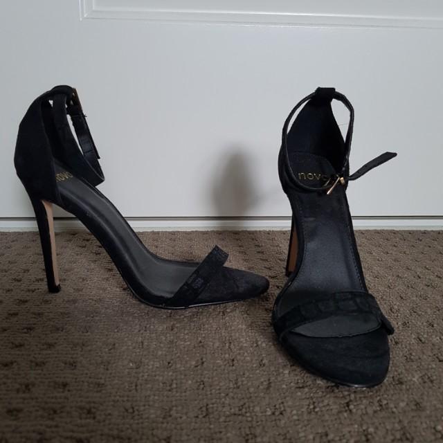 Novo high heel sandles