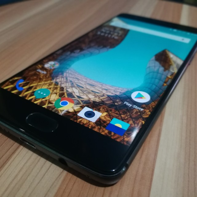 One Plus 3T 64GB 6GB ram Gray 4G LTE