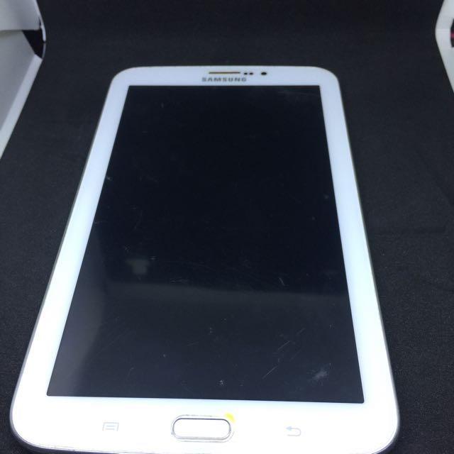 Original Samsung  Galaxy  Tab 3 8gb with SIM slot