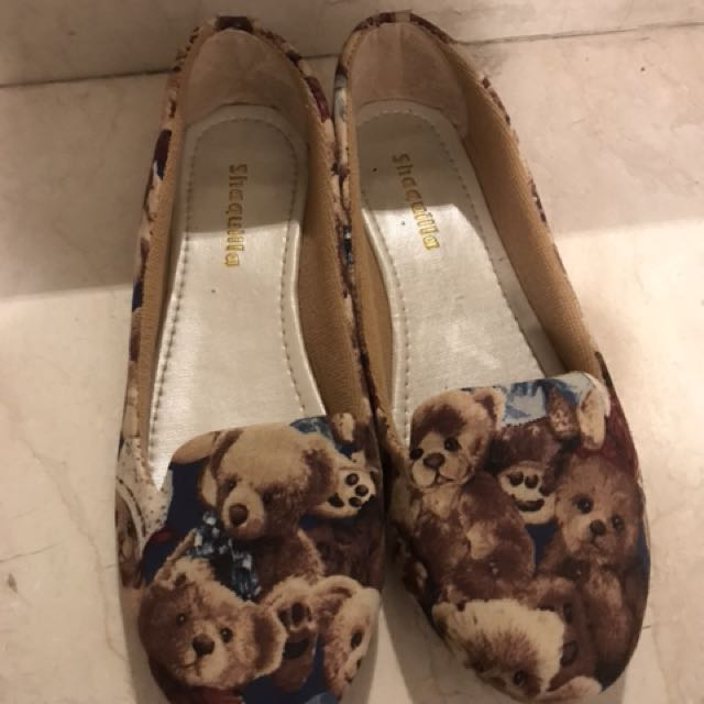 PRELOVED: Teddy Bear Flat Shoes