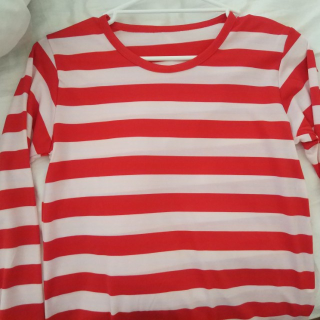RED AND WHITE STRIPED TOP