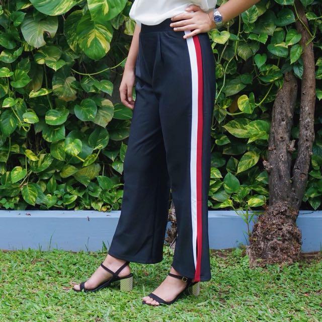 Red white stripe pants