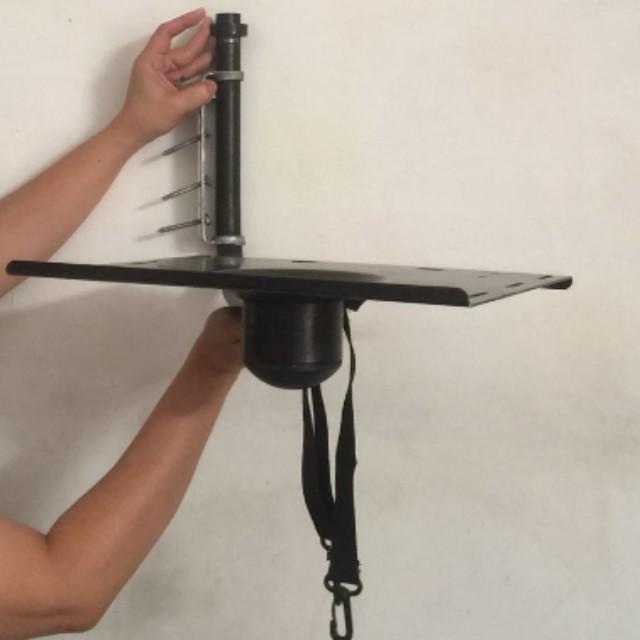 Revolving TV wall rack