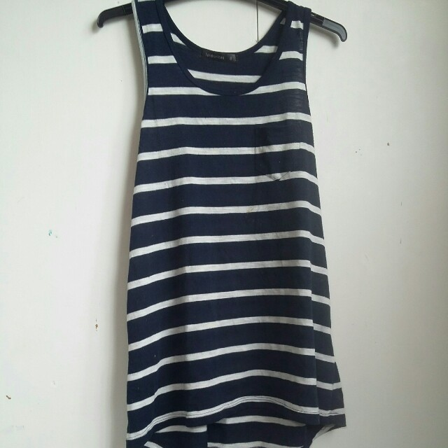 singles navy blue and white striped singlet