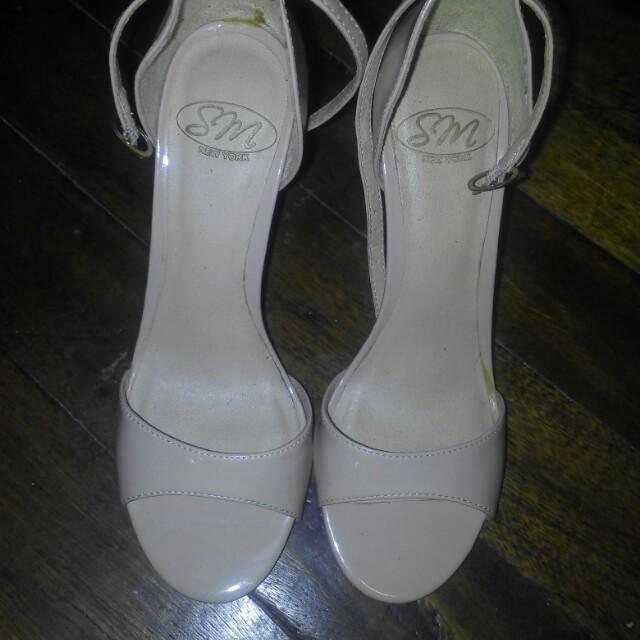 "SM sandals size 6.5 / 5"" heels color: skintone/cream"