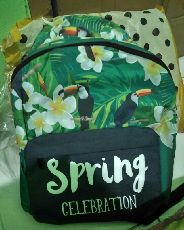 Spring backpack peterpoint
