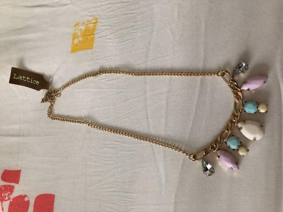 Statement necklace 4