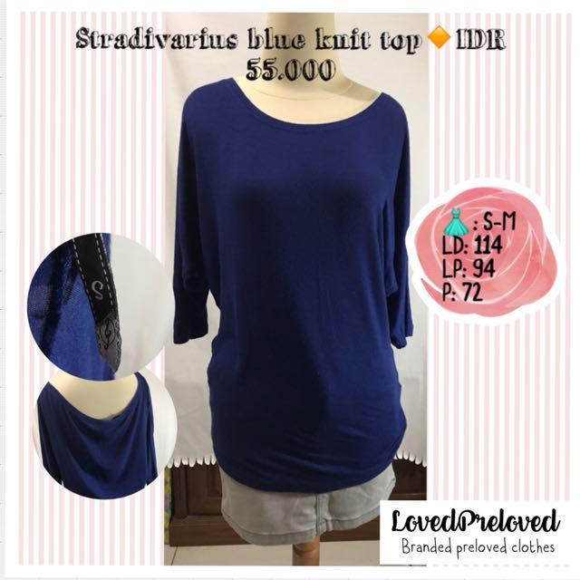 Stradivarius blue knit top