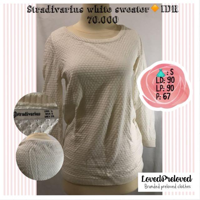 Stradivarius white sweater
