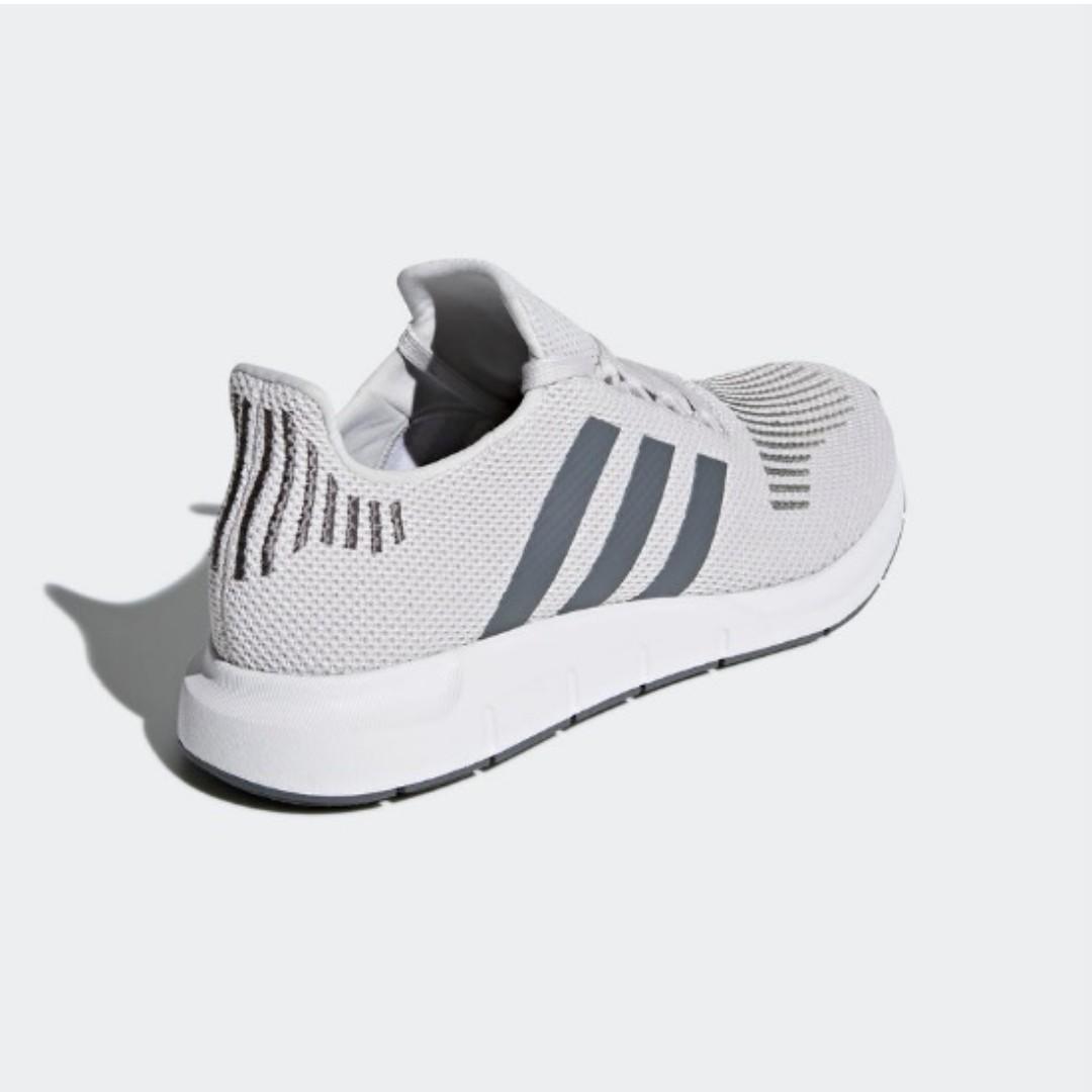 ca55ea48189e8 Swift Run Shoes(Grey One Grey Four Medium Grey Heather)