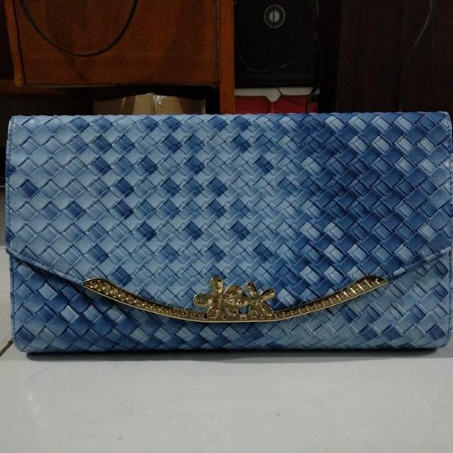 Tas kulit biru