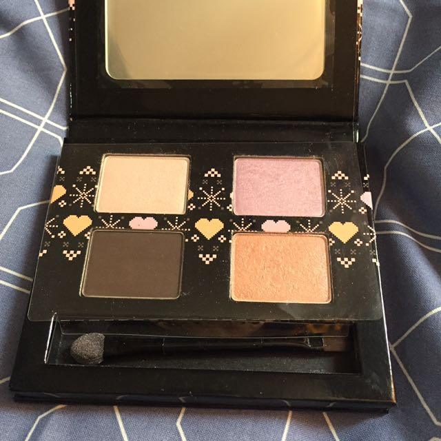 The Body Shop Eye Shadow Palette