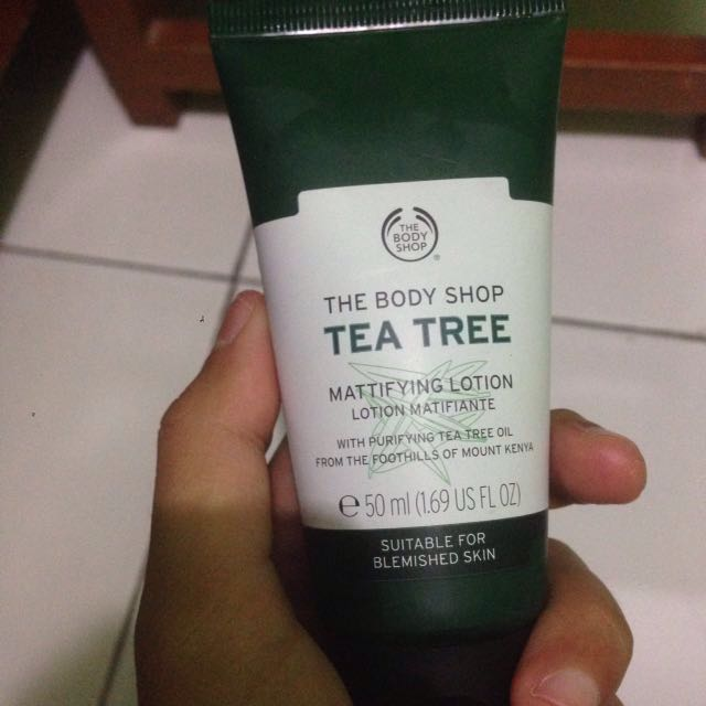 THE BODY SHOP MATTIFYING LOTION
