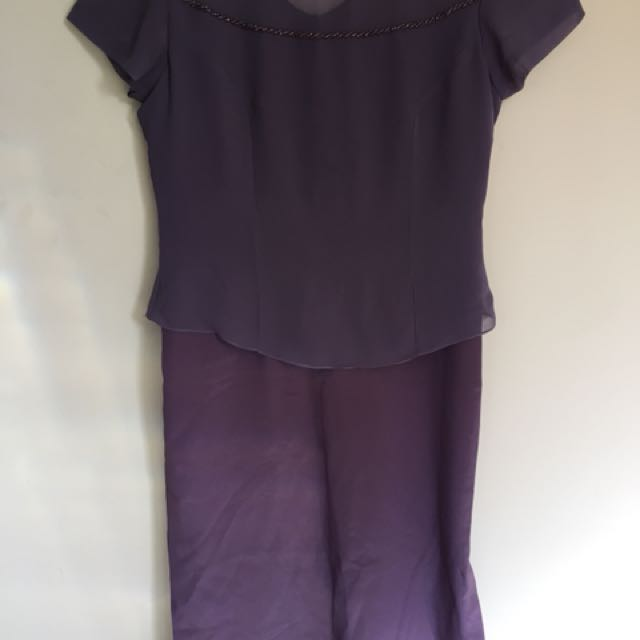 Violet cocktail dress with capped sleeves