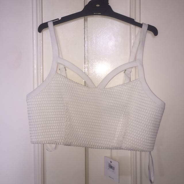 White crop top size medium