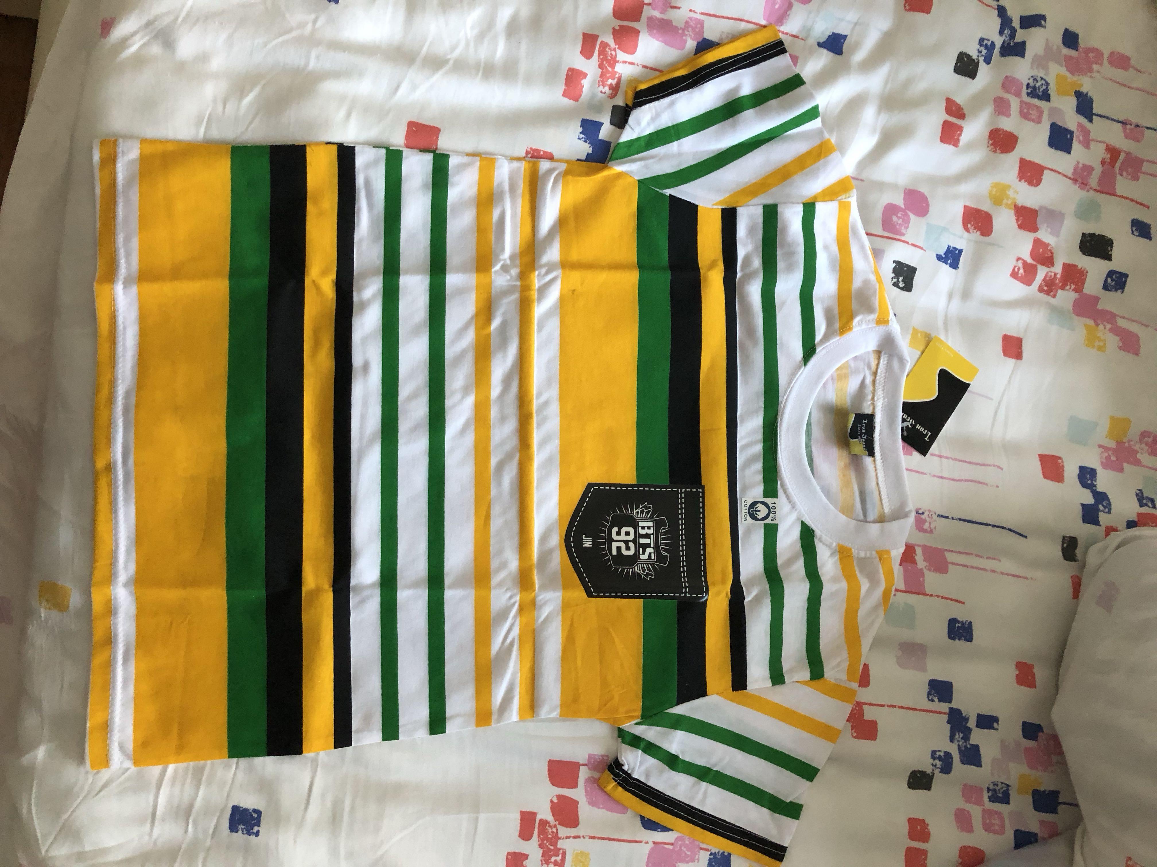 Yellow stripe tshirt
