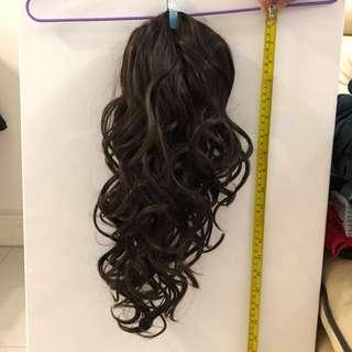 假髮:馬尾/ 側髮