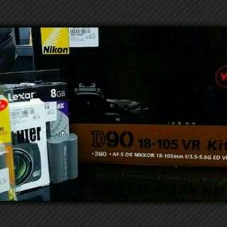 Nikon D90 Kit with Lens