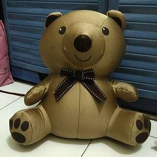 Boneka beruang dekron