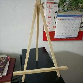 Photoframe stand