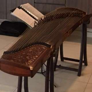 Vintage Guzheng instrument