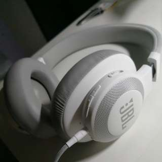 JBL E65BTNC Noise Cancelling Headphone