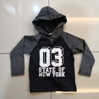 Black Hooded Sweater (6-7y)
