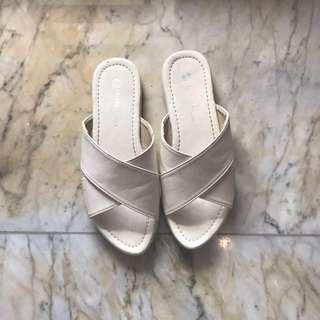 Lollo & Brigida Criss Cross White Sandal