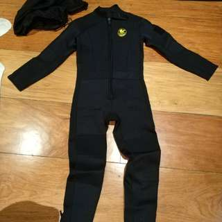 Poseidon diving 3mm wetsuit