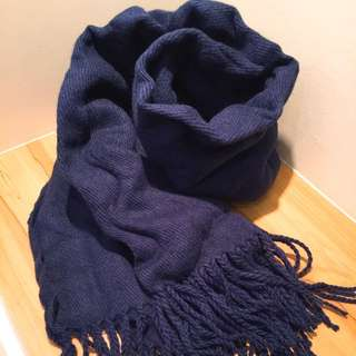 🚚 圍巾 披肩 深藍 流蘇