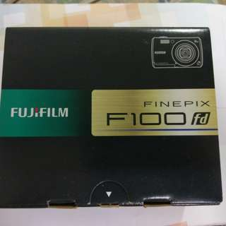 Fuji 100fd +原&副廠電池+充電器