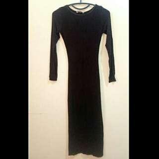 Long dress black body press