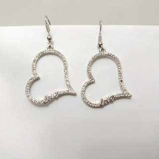 Blink Earring (Heart)