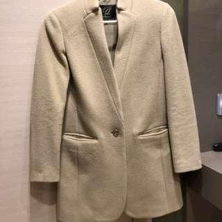 執屋sale: 100% authentic playlord camel coat size 5 (smallest size) 499HKD