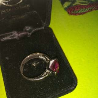 Beautiful pink ring. Real silver. Size 7