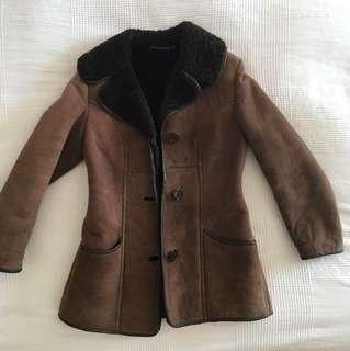 Beauiful leather/sheepskin winter coat!