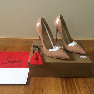 Christian Louboutin So Kate 120mm