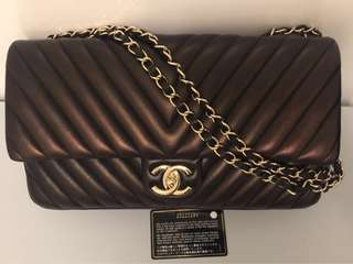 Lamb Skin Chevron Chanel with Gold Hardware