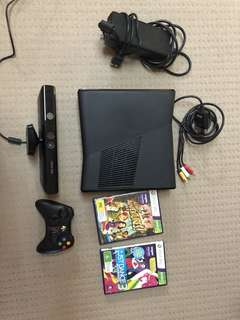 XBOX 360 BARELY USED