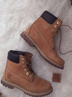 Authentic Wheat Women's Timberland Boots