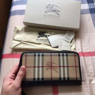 Authentic Burberry zip wallet
