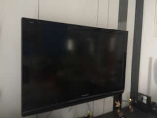 Panasonic 42 inch TV in good working condition