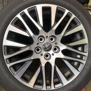 "Almost New! Vellfire ZG / Alphard SC Stock Orginal 18"" Rims with Toyo Tranpath R30 tyres"